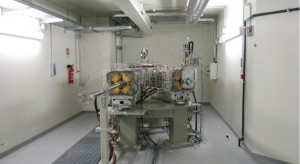 The Research room with the two beamlines.
